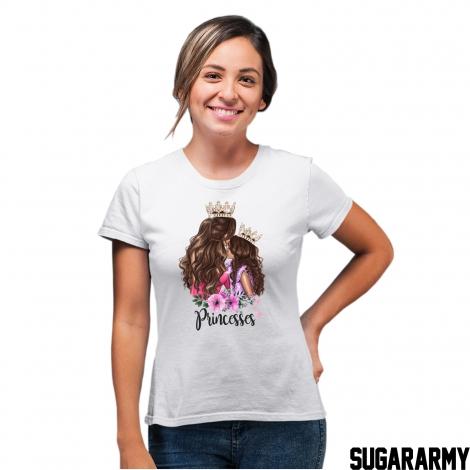 PRINCESSES - Mom t-shirt